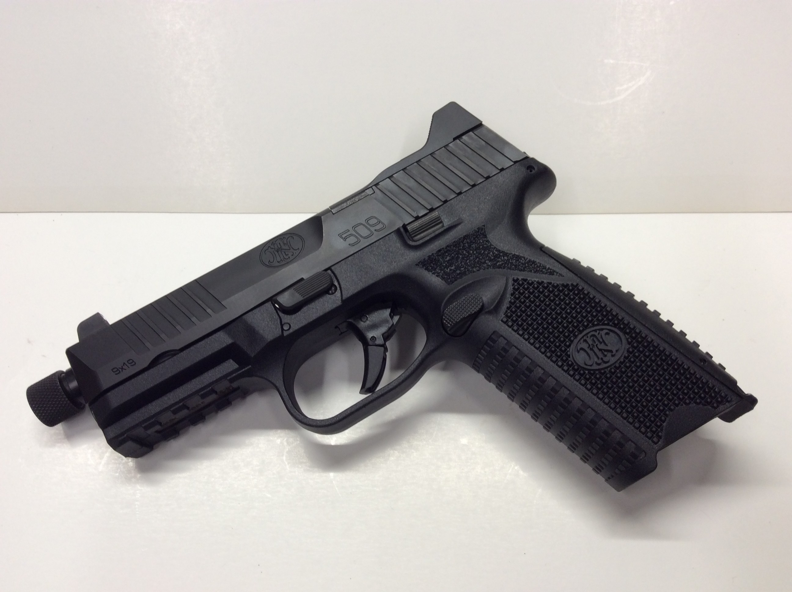 FN 509 Tactical Black