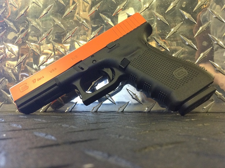 Glock 17 G4 (orange slide)