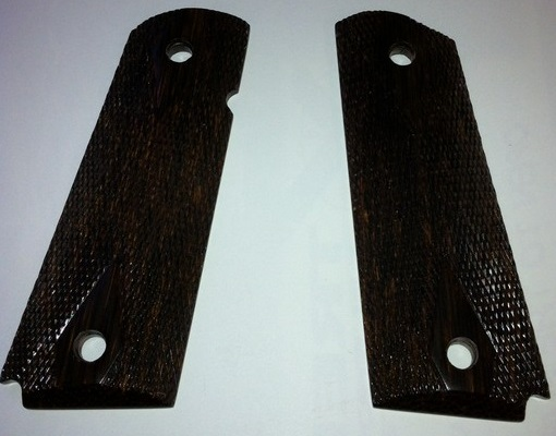 1911 heart of palm checkered grip panels